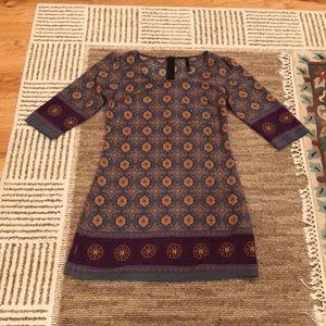 Mona B women's size Small shift dress.
